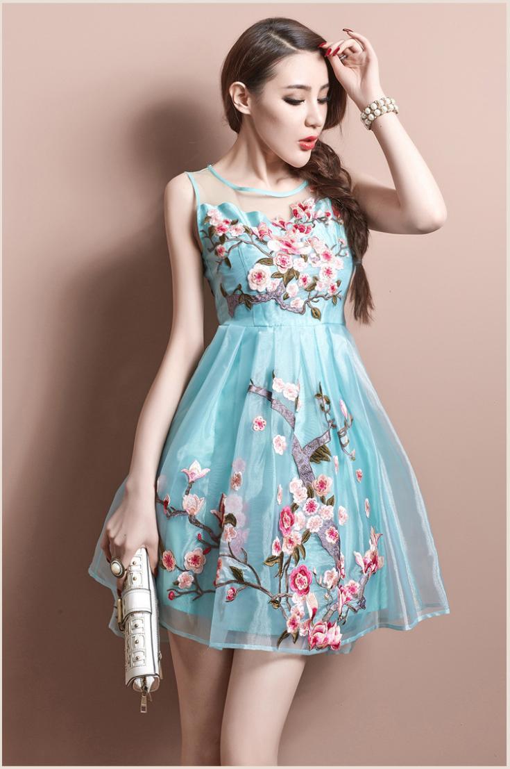 mitad de descuento 01e80 4378f Vestidos bordados de fiesta cortos – Vestidos de Coctel