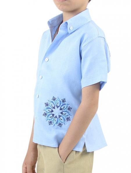 Camisa de Lino para Niño Manga Corta con Alforzas y Bordado Azul GUAYABERAS