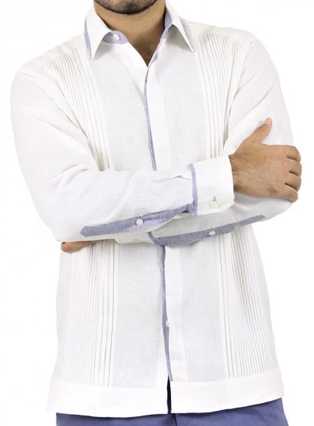 Guayabera 100% Lino Blanco con Alforzas y Detalles Azul GUAYABERAS